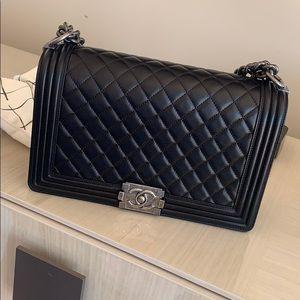 Chanel boy bag ( new medium)